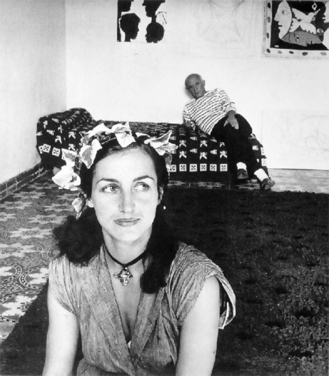 proportional_960_Picasso-et-Francoise-Gilot-1952-Photo-2-by-Pobert-Doisneau